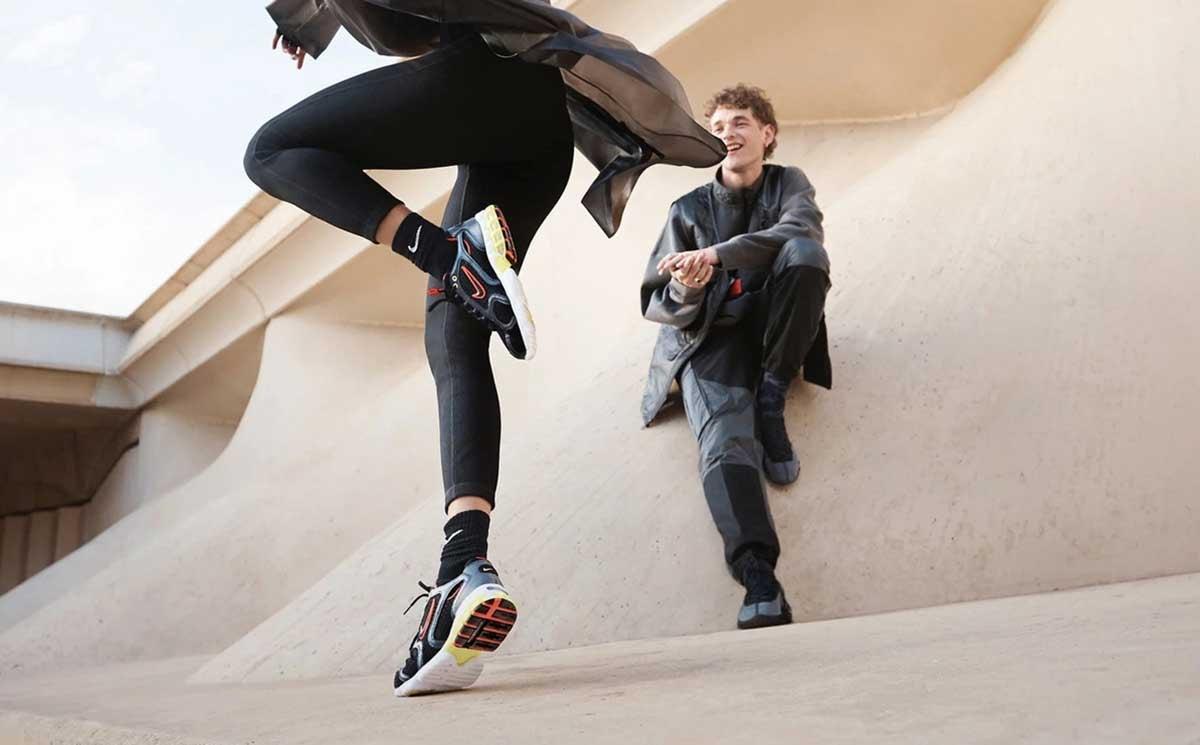 """Electricista Entrelazamiento aspecto  Nike y Gap, acusadas de """"trabajos forzosos"""" en China"""